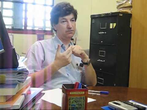 Entrevista do Professor Mario Salerno sobre a Política Industrial